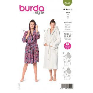 Schnittmuster - burda style - Bademantel mit Kapuze und aufgesetzten Taschen - 6094